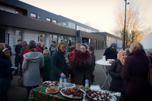 1000 oliebollen voor bewoners van azc Zutphen