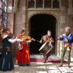 Datura medieval music entrance k