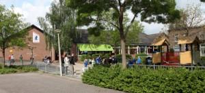 Jan Ligthart krijgt kinderen in beweging met nieuw speeltoestel